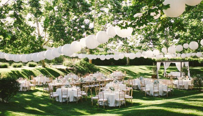nunta la curte