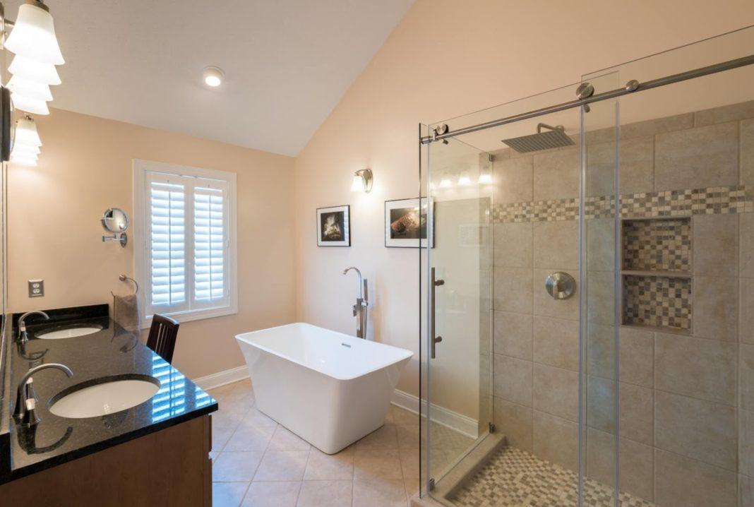 Cum poți integra în baia ta o cadă freestanding