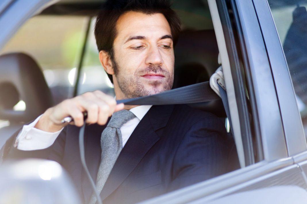 Învață să conduci în siguranță și responsabil